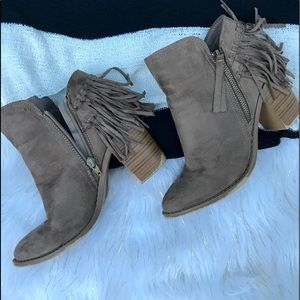 Wild Diva Fringe Boot Size 9